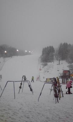 ノルンは朝から雪です